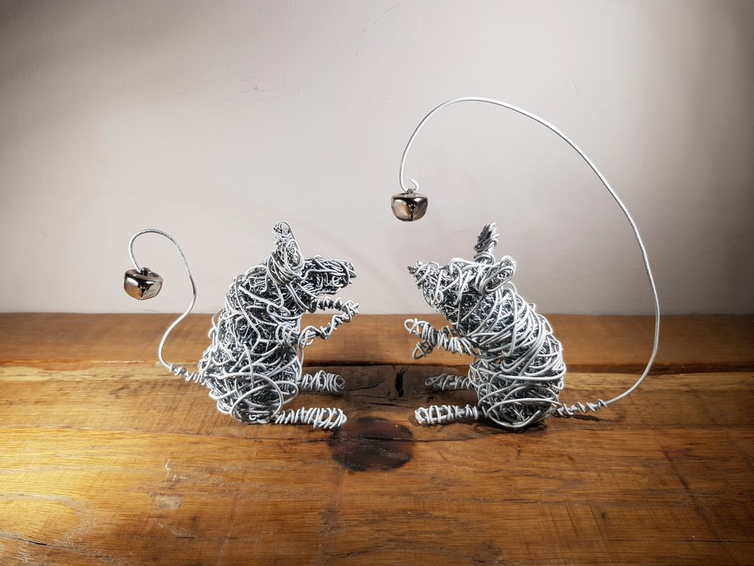 Sculpture Wire Bell Mice 12