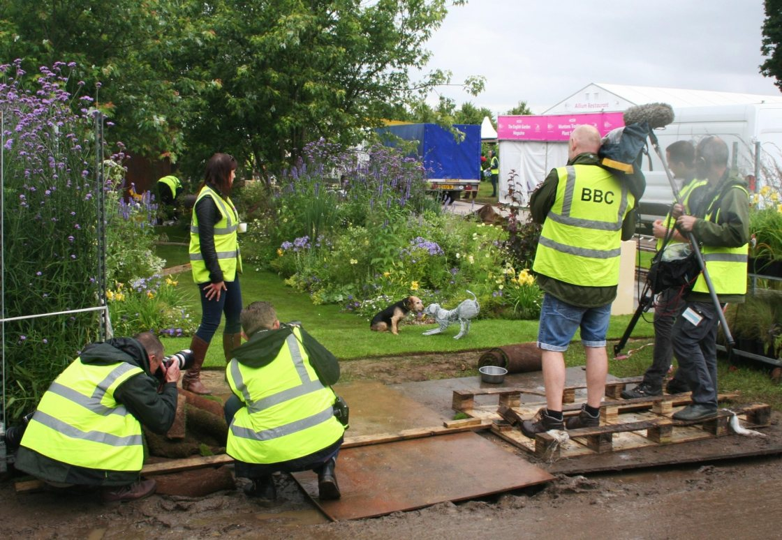 BBC filming Paul Sculpture at RHS Hampton Court